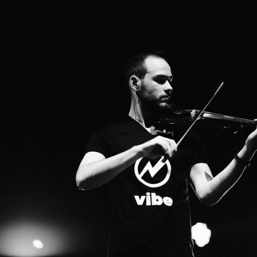 House Strings - Violin Cover // Eveniment organizat de Records fest