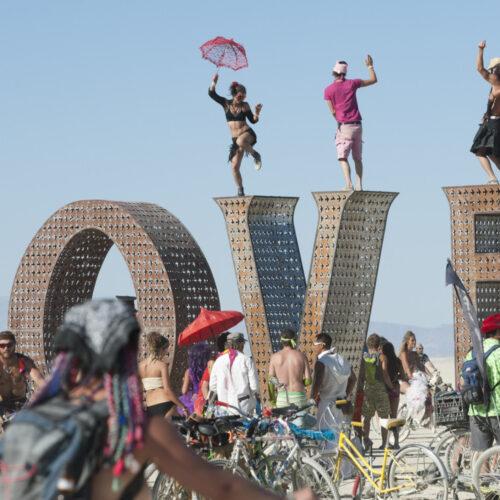 Cum se trăiește experiența de viață numită Burning Man (III)